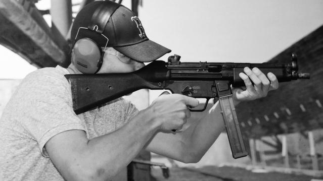 Feature-Gun Q&A- Zach Varela.jpg